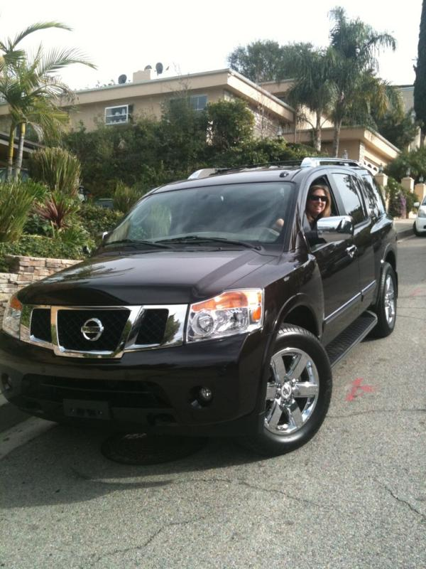 Tara Weingarten behind the wheel of a 2012 Nissan Armada 4x4 Platinum, photo: Twitter